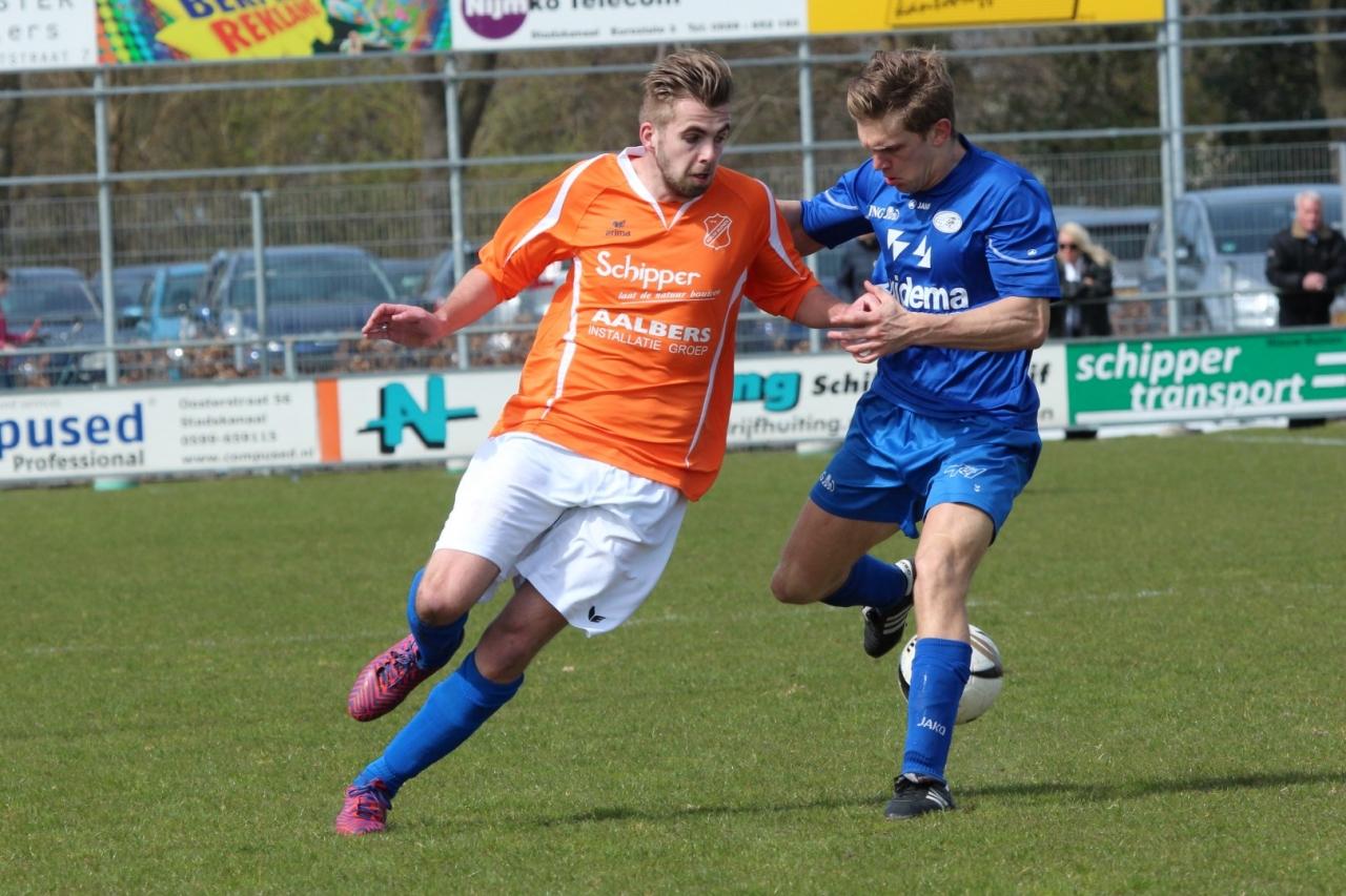Ook de trefzekere verdediger Tom Meijers kwam niet tot scoren tegen Hoogeveen (Foto: Gerjo Stegeman)